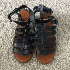 Black American Eagle Strappy Sandals